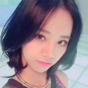 Profile photo of SabrinaF